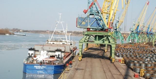 Ренийский порт продолжает снижать грузооборот