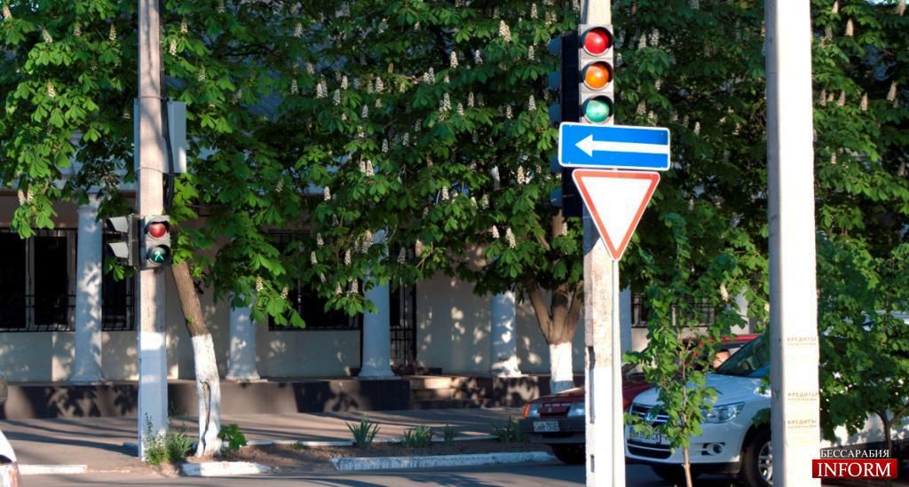 Перекресток ул. Ватутина и пр. Суворова - снова регулируемый