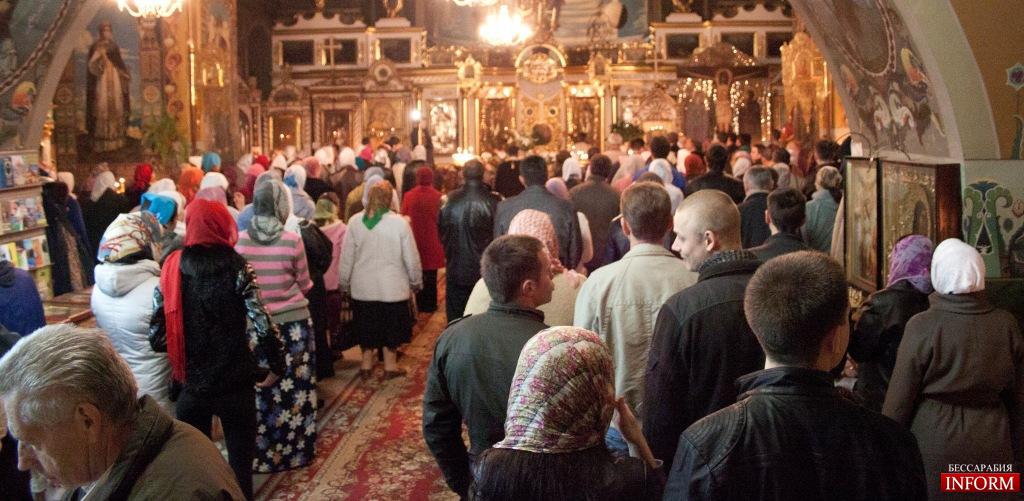 """Измаил православный: как люди святили """"пасхальную корзину"""""""
