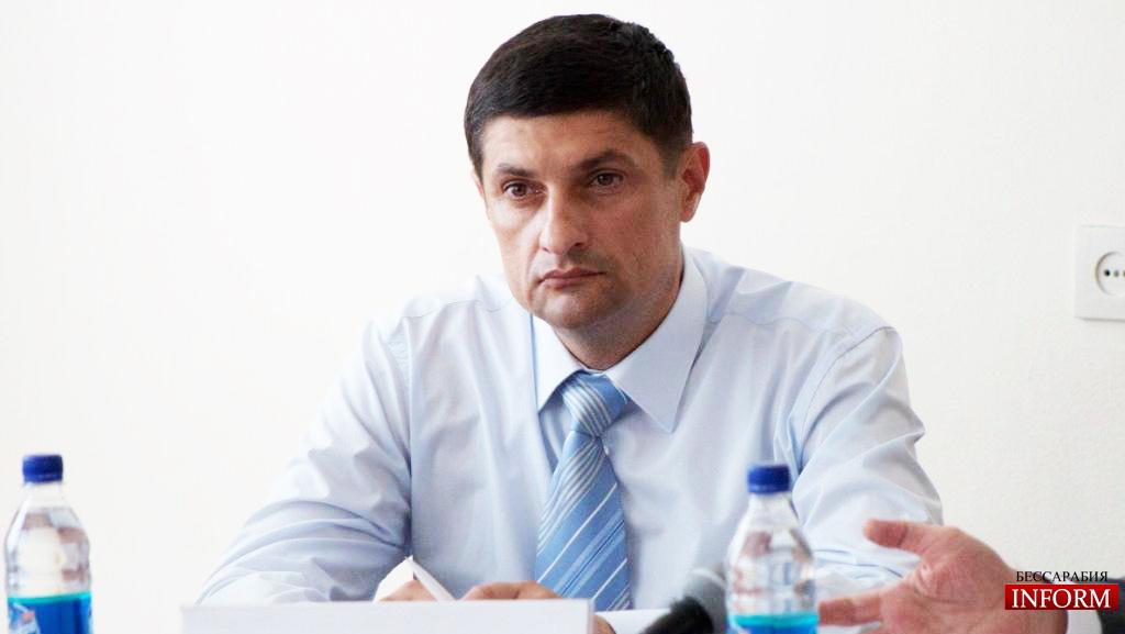 """Измаильский мэр в задержках по зарплате обвинил """"ледовую обстановку"""""""