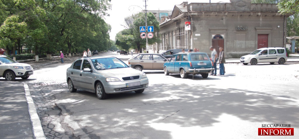 Измаил: ДТП на пересечении пр.Суворова и ул. Бендерской (ФОТО)