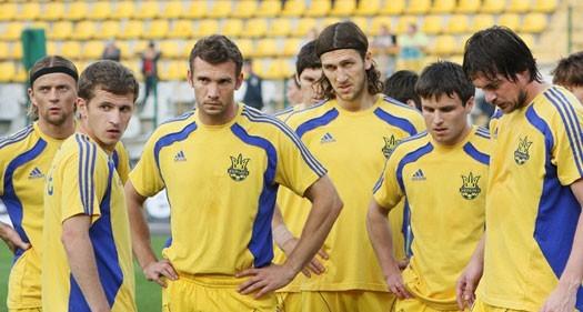 Сборная Украины проиграла англичанам и покидает ЕВРО-2012
