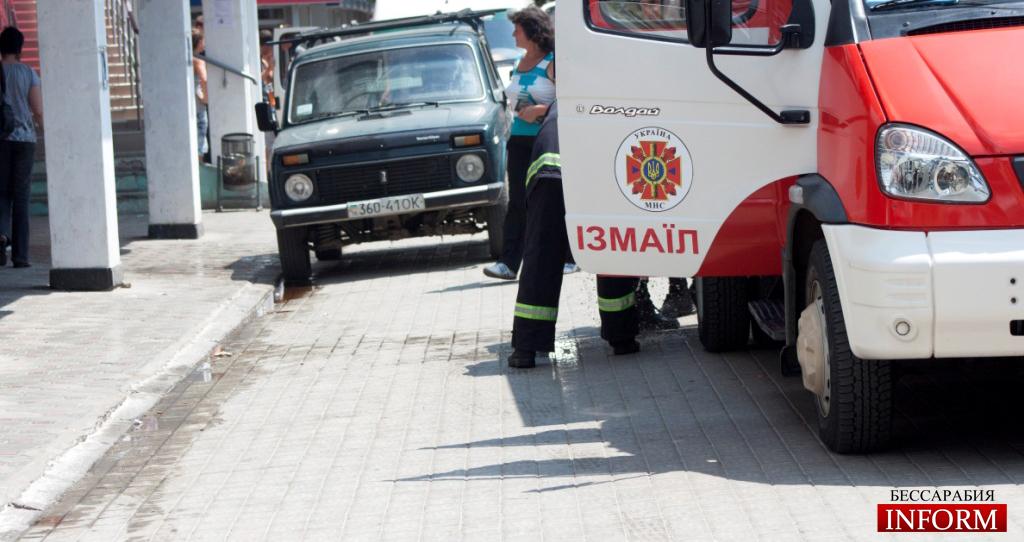 В центре Измаила пожарники предотвратили возгорание автомобиля!