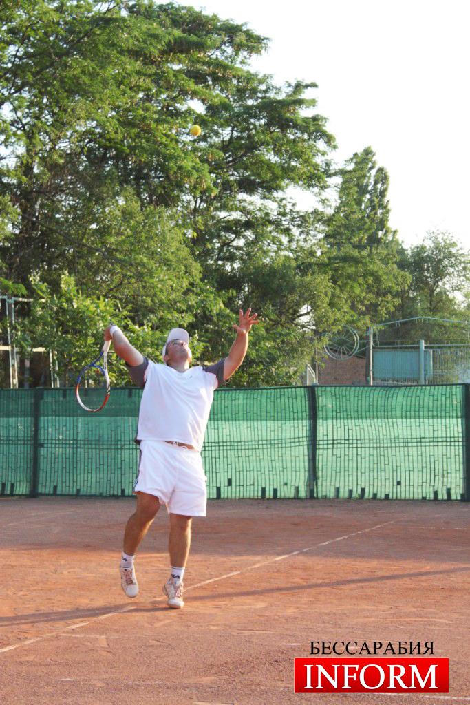Измаил: Теннисный турнир ко Дню Конституции ФОТО