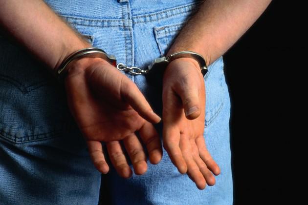 В селе Спаское задержали бандита, избившего мужчину из-за двух кожаных курток.