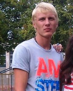 Юный одессит всех предупредил о своей смерти....Вконтакте