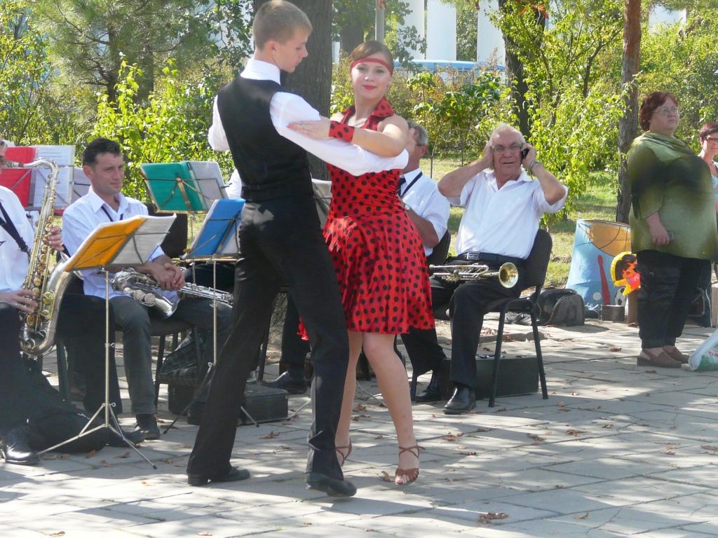 В Измаиле преподали мастер-класс по бальным танцам