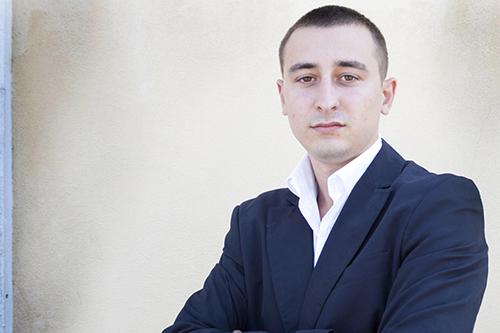 Максим Волков снял свою кандидатуру в пользу Олега Бабича