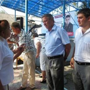 Александр Борняков вернул землю жителям Сергеевки
