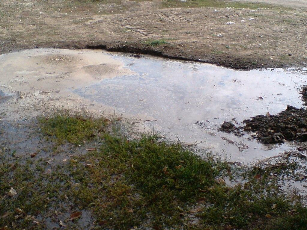 Болград. Горводоканал игнорирует потоки воды по городу