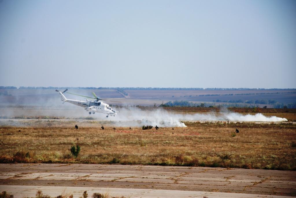 Болградский аэродром захватила вооружённая группировка