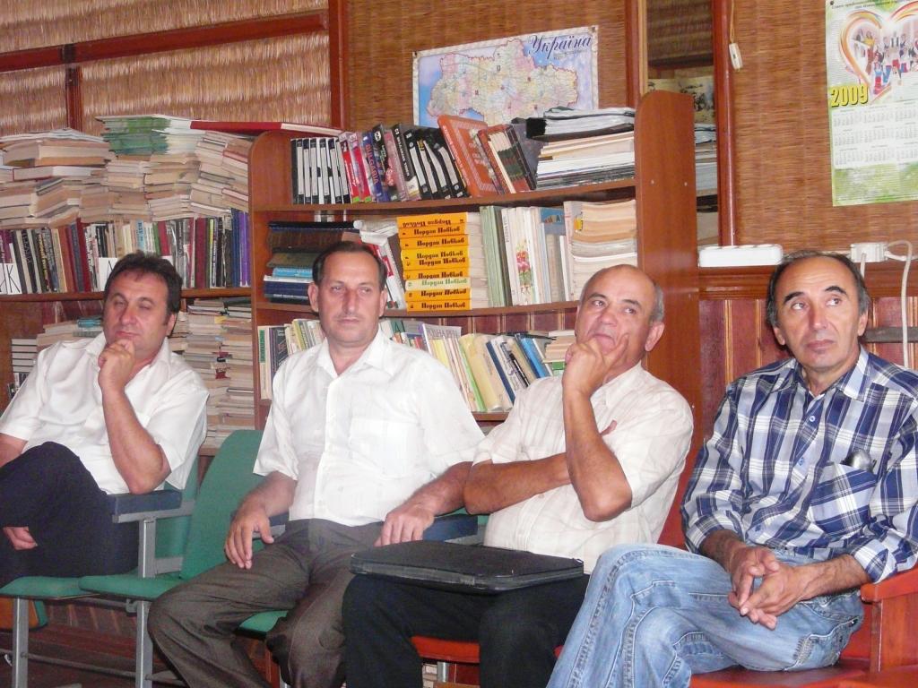 P1150831 Измаил. Болгарские общества будут решать вопросы в суде.