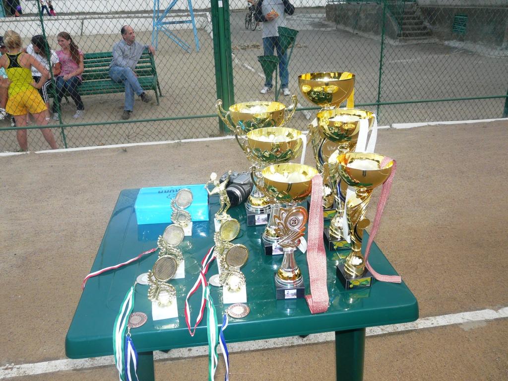 P1150903 В Измаиле определились лучшие теннисисты города. ФОТО