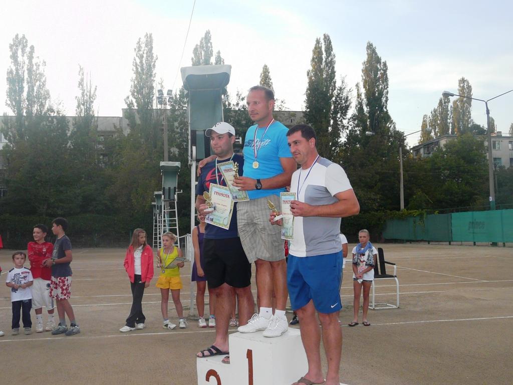 P1150930 В Измаиле определились лучшие теннисисты города. ФОТО