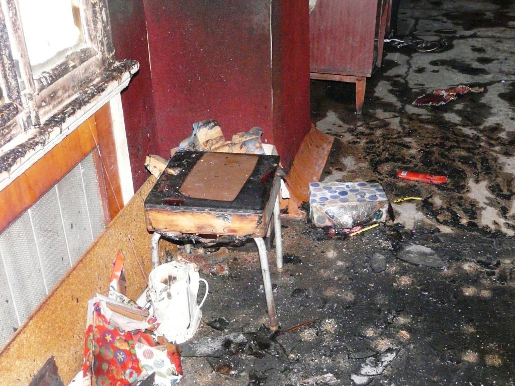P1160191 В Измаиле ночью сгорел магазин. ФОТО