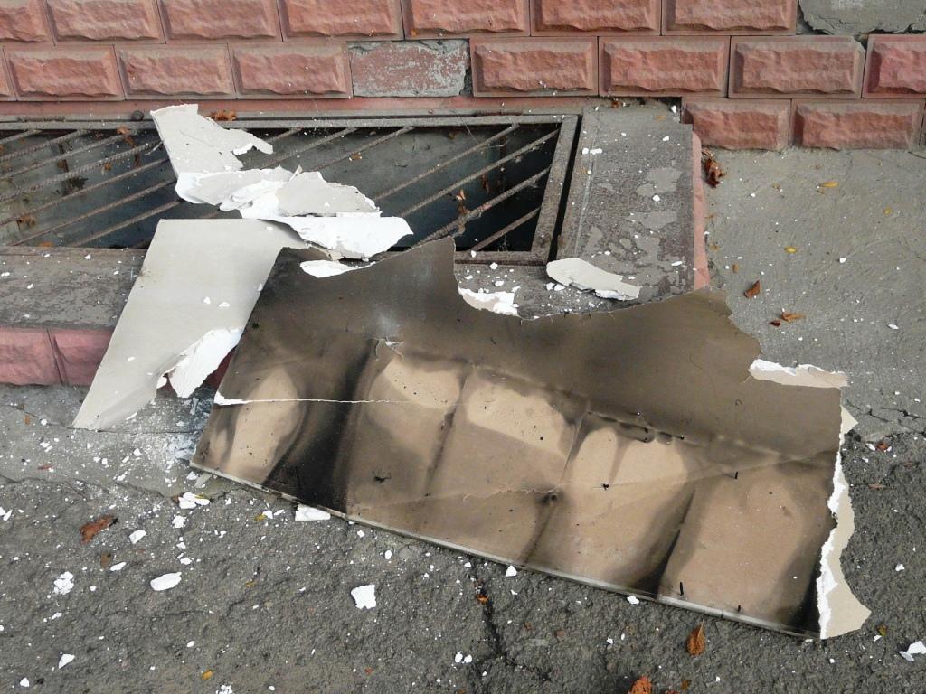 P1160203 В Измаиле ночью сгорел магазин. ФОТО