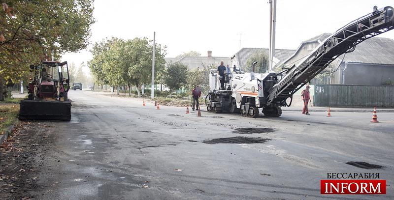 """Измаил: Ремонт дорог начался и на """"не публичных"""" улицах. ФОТО"""