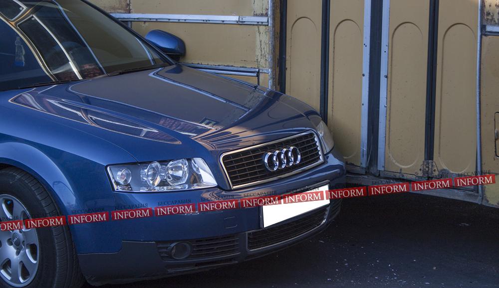 """ДТП в центре Измаила: """"Ikarus"""" не поделил дорогу с """"Audi A4"""""""