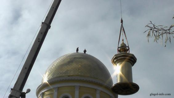 Болград. Над куполом сгоревшего собора возвысился крест