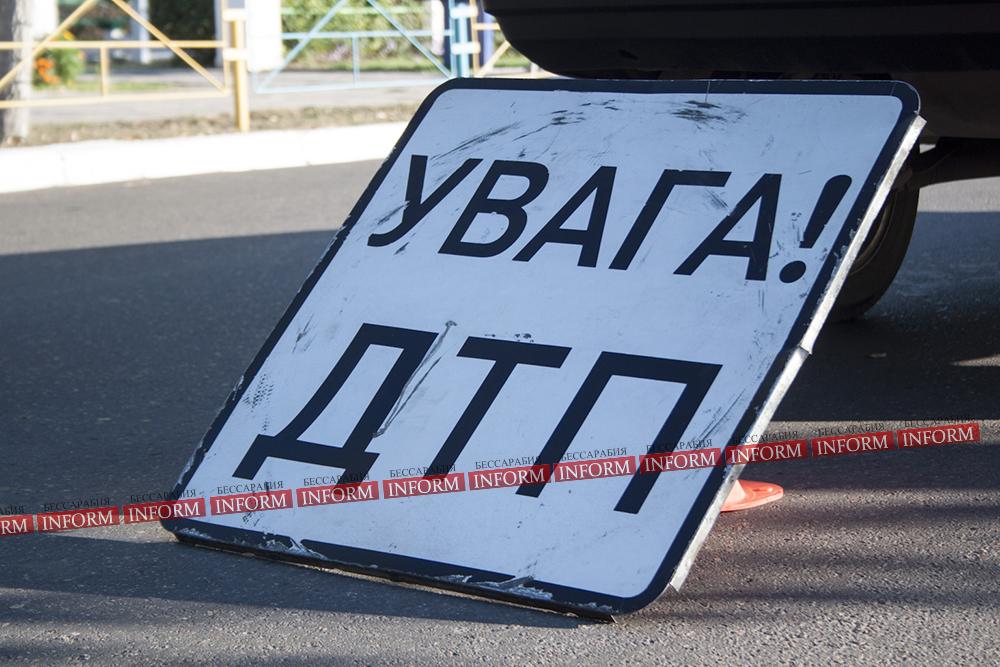 """yvaga_dtp В Озерном """"Четверка"""" сбила мотоцикл. Двое пострадали"""