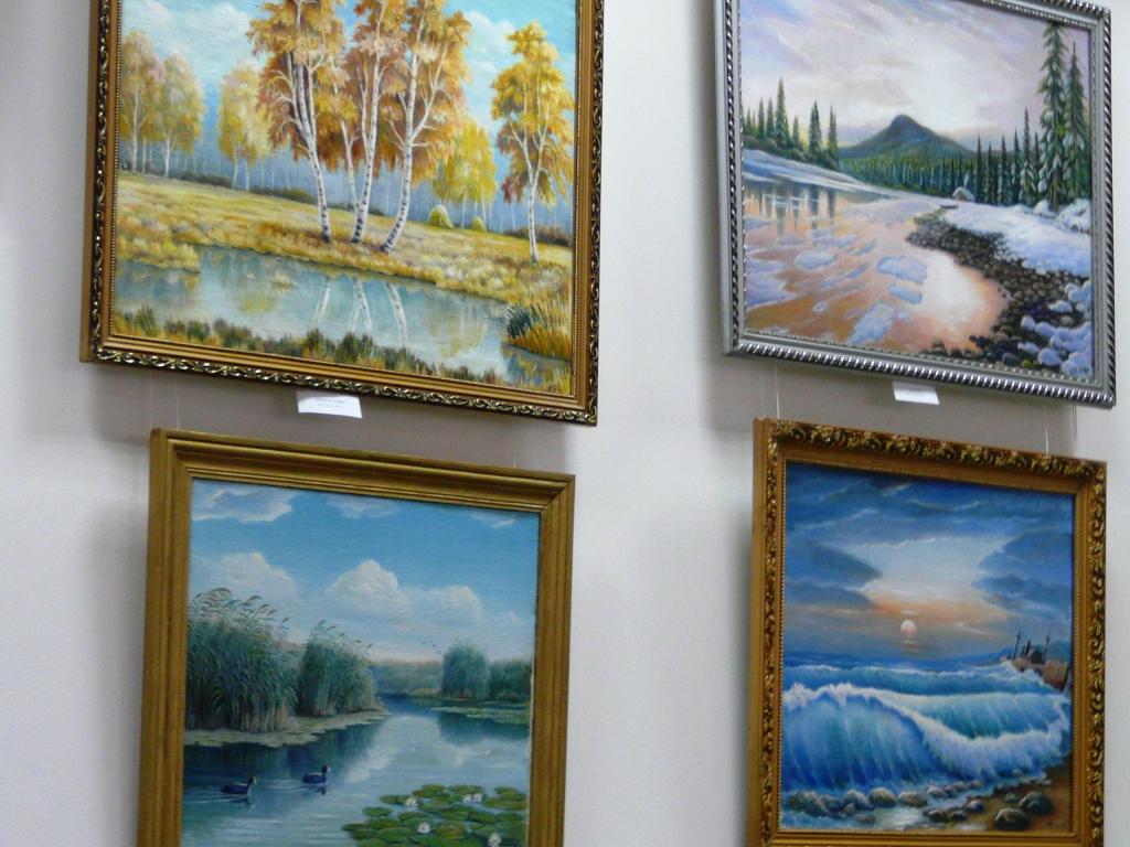 В Измаиле открылась выставка художника-самородка Олега Кузьменка. ФОТО