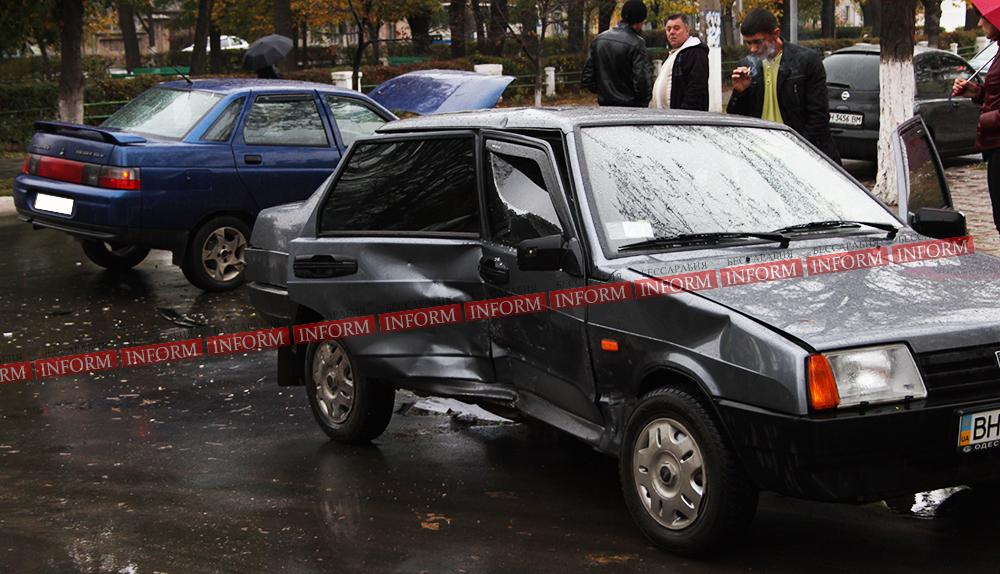 ДТП в Измаиле: ВАЗ 21099 не пропустил старшего брата. ФОТО, ВИДЕО