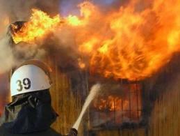 На Одесчине сгорел склад с макулатурой
