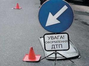 Измаил: пьяный водитель въехал в столб - четверо пострадавших
