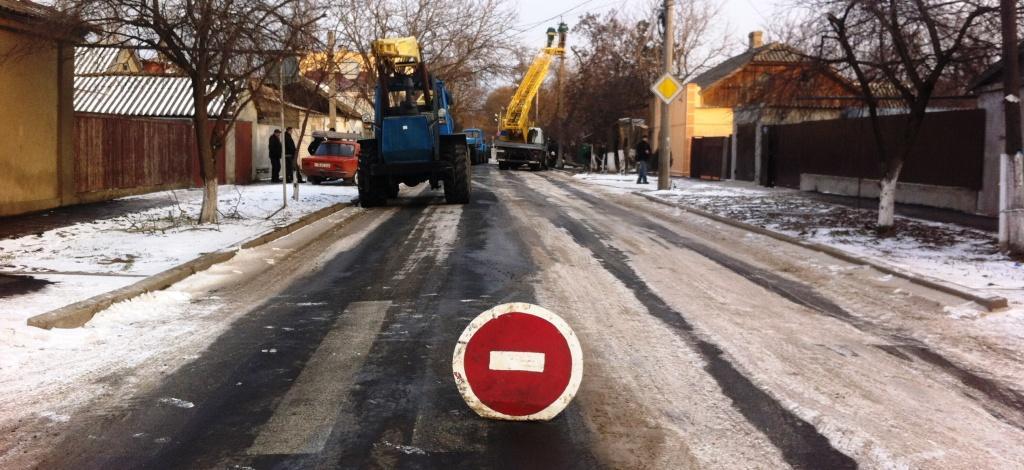 IMG 1703 ДТП: в Измаиле на ул. Ватутина фура снесла столб