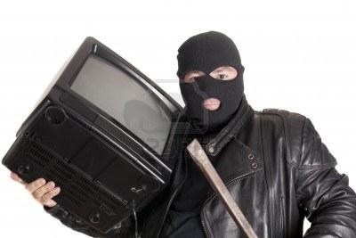 В Измаиле воры избив хозяйку украли ее телевизор