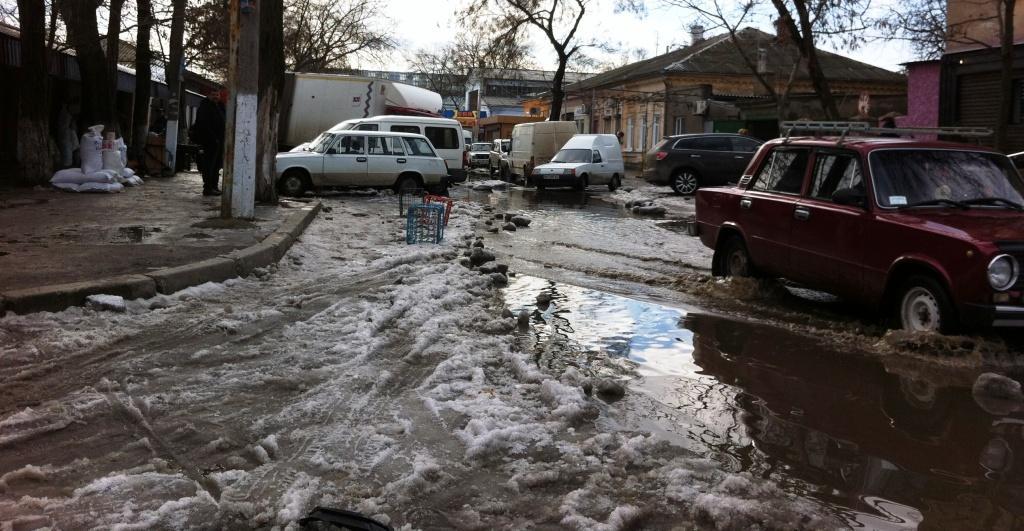 Фото дня: ул. Папанина в Измаиле ушла под воду (фото)