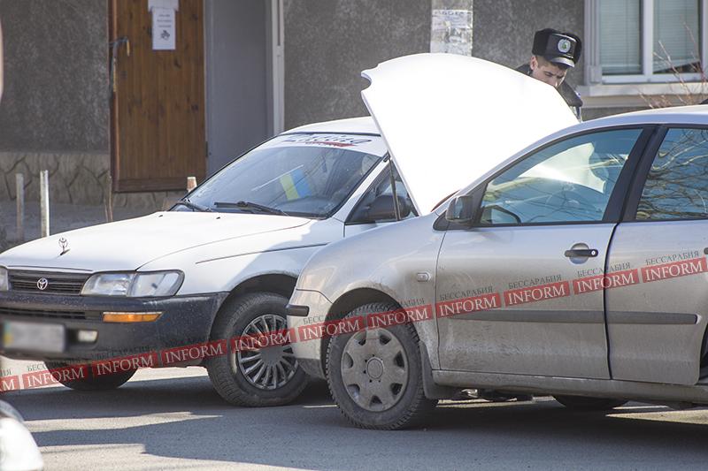 """ДТП на Измаильской автостанции: """"Toyota"""" VS """"Volkswagen"""" (ФОТО)"""