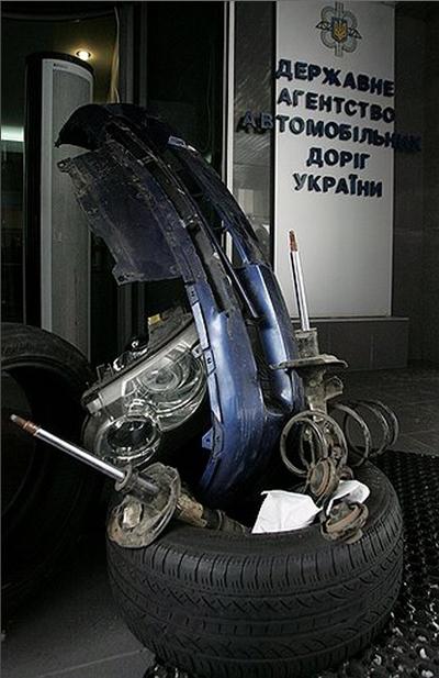 """Советник главы """"Укравтодора"""": Через два-три года дорог не будет вообще"""