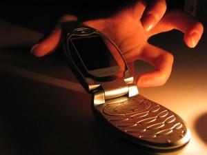 Измаил: отбирают телефоны прямо на улице