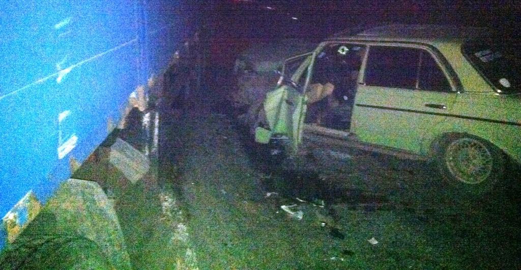На трассе Одесса - Рени пьяный водитель врезался в фуру (фото)