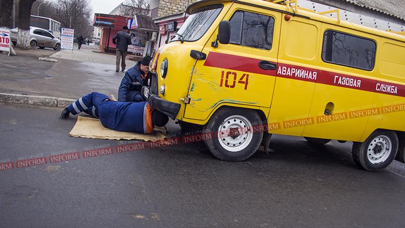 Субботнее ДТП: На светофоре Икарус не пропустил УАЗика! (фото)