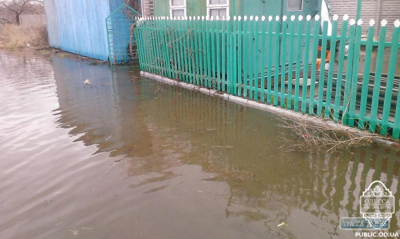 Б.-Днестровский: вода затопила поселок Затока