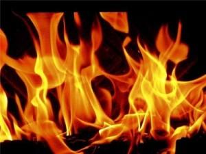 Сарата: мужчина  выпил спирт и сам себя подпалил