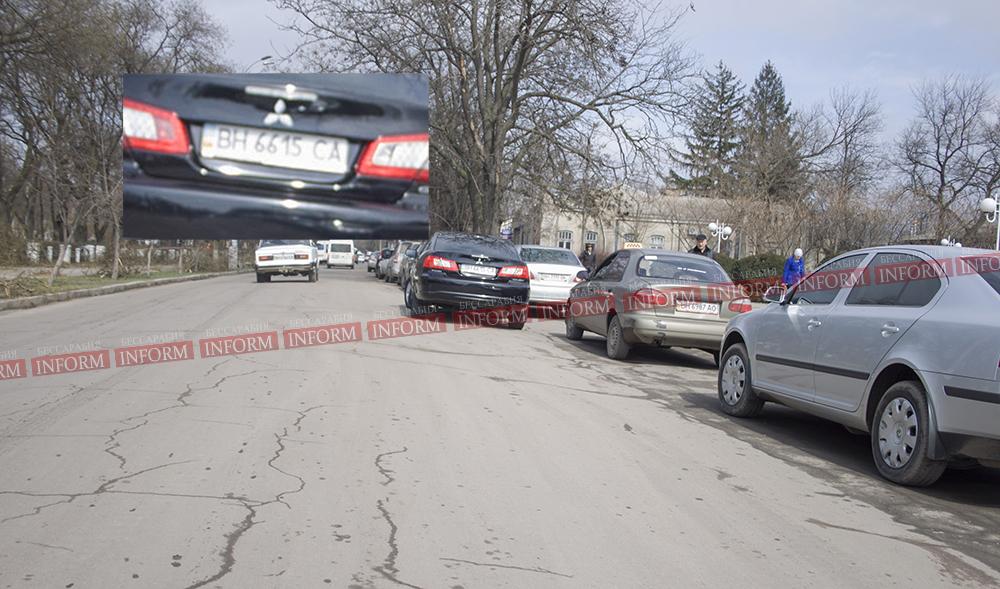 """Авто измаильского мэра в рубрике """"Я паркуюсь как дурак"""""""