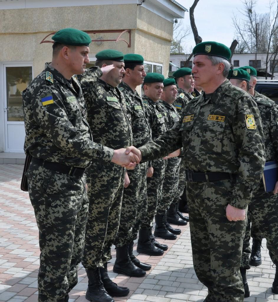 Измаильских пограничников посетил генерал Н.Литвин