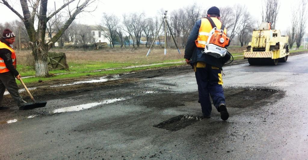 IMG 2493 Ремонт автодороги Одесса   Рени в дождь (фото)