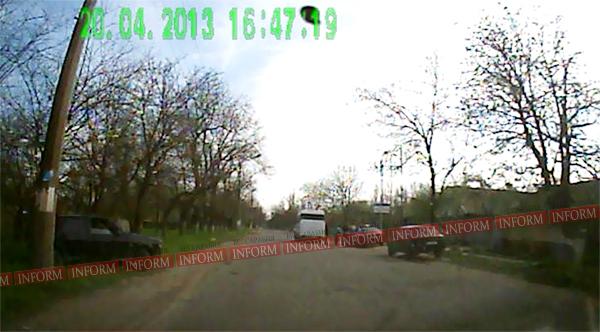 """И снова в Измаиле ДТП! На проспекте у """"Девятки"""" на ходу лопнуло колесо! (фото)"""