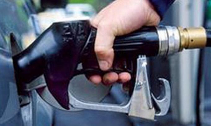 В начале мая цены на бензин снизятся — эксперт
