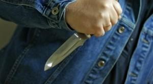 В Болграде подросток напал  с ножом на пенсионерку