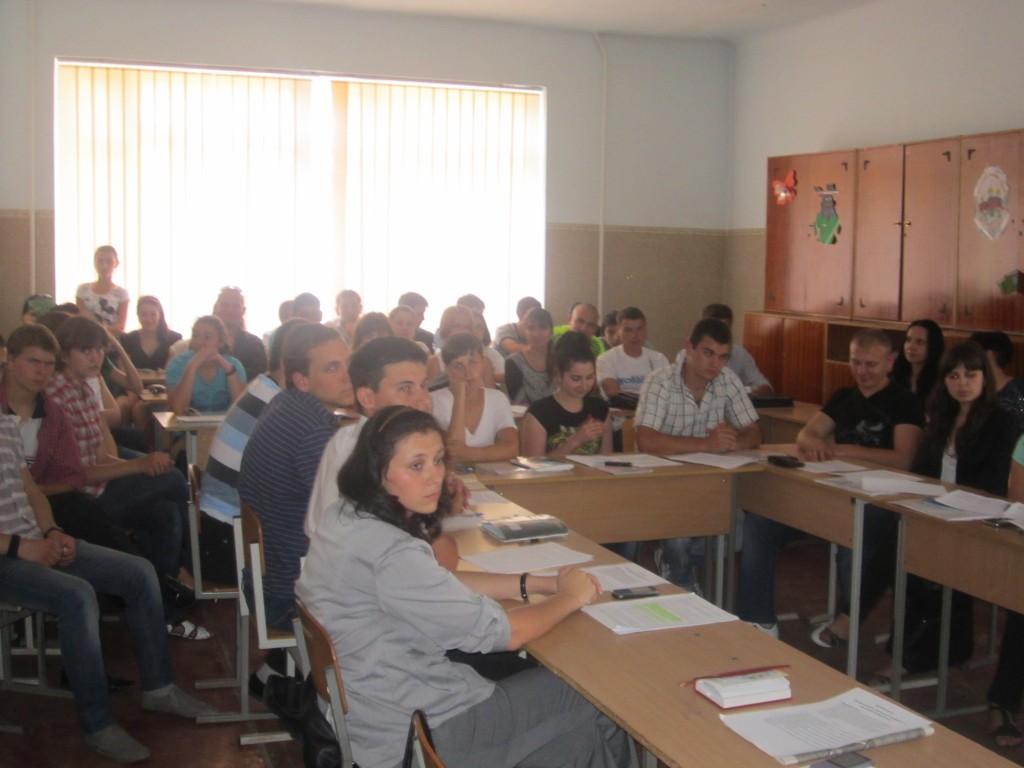 Измаильские студенты обсудили власть