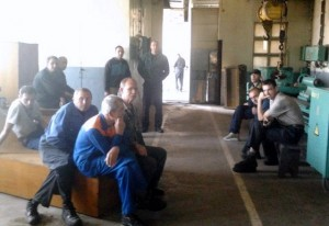 В Измаиле судоремонтники начали итальянскую забастовку на УДП