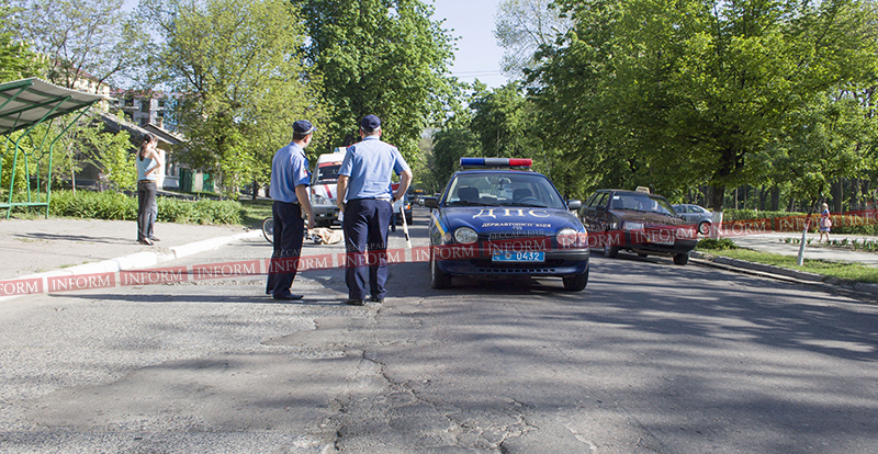 smert v izmaile velosipedist 2 В центре Измаила маршрутка насмерть сбила велосипедиста! (ФОТО)
