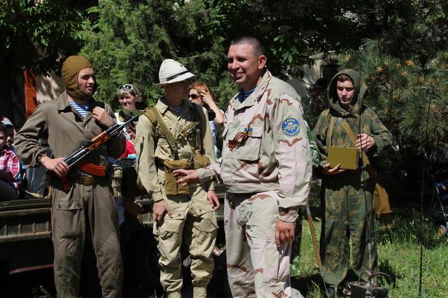 В Белгород-Днестровском прошла выставка боевой техники (фото)