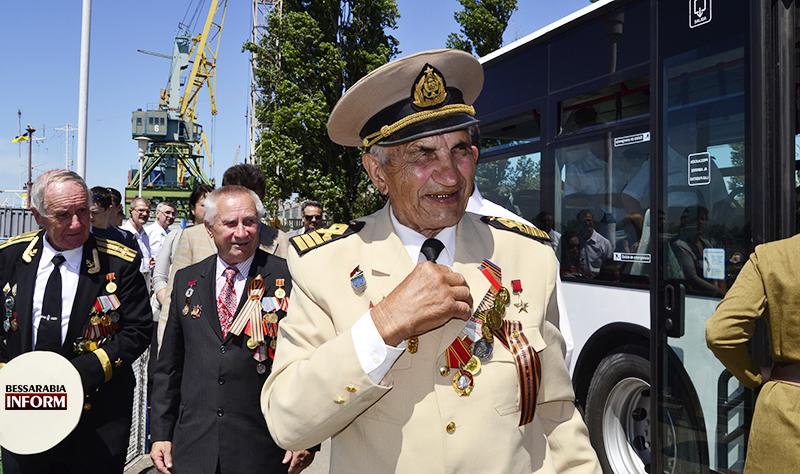 Измаил: на волны Дуная ветераны спустили Венок Славы. (фото)