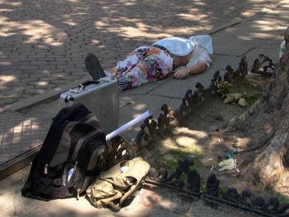 В центре Одессы два часа лежал труп (фото)